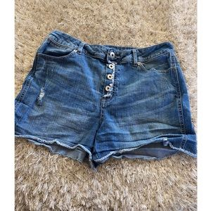 Maurices High Rise Jean Shorts Size 11/12